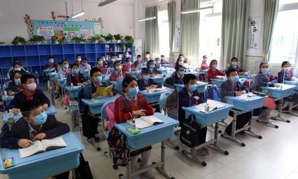 Dia do estudante: O Ensino Superior ainda é decisivo para o mercado de trabalho?