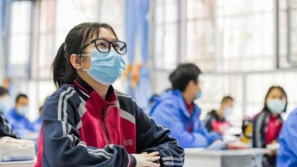 Estudantes acreditam que pandemia deixará impactos permanentes na educação, aponta pesquisa mundial