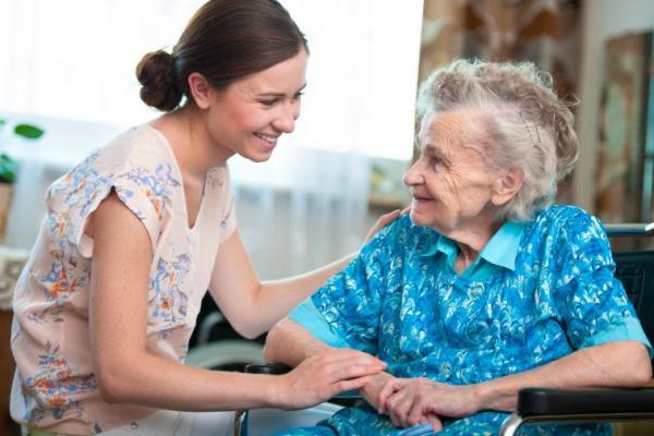 Covid-19: cuidados da pessoa com deficiência na fase idosa devem ser intensificados