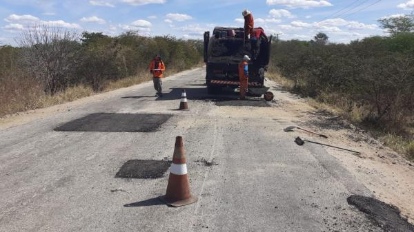 Programa de Conservação de Estradas Estaduais já recuperou cerca de 1.200 km da malha viária do RN