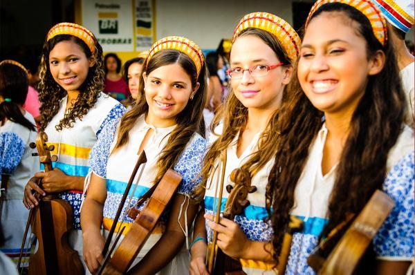 """""""Narrativas Musicais"""" promove campanha solidária e conta com sua ajuda"""
