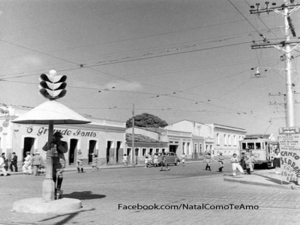 VOZES DO PASSADO:  A construção histórica da cidade de Natal através de seus fotógrafos e cronistas