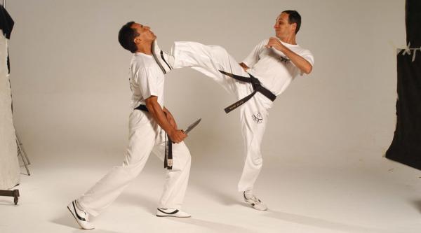 Principais golpes de krav magá e pontos sensíveis do corpo