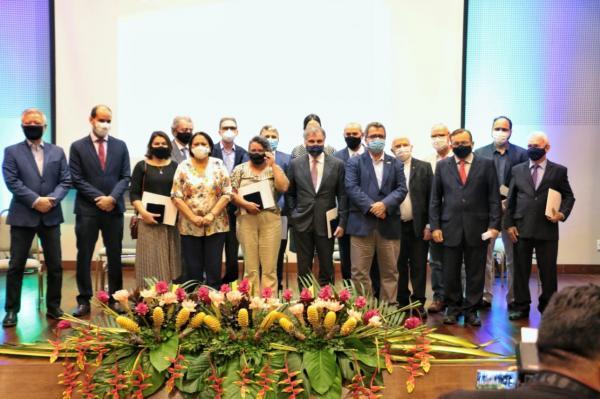 Governadora entrega medalhas do Mérito do Desenvolvimento Econômico