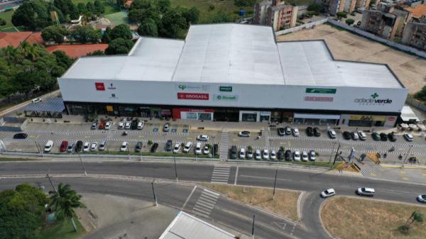 Shopping com grandes marcas reflete crescimento do bairro que mais se expande no RN