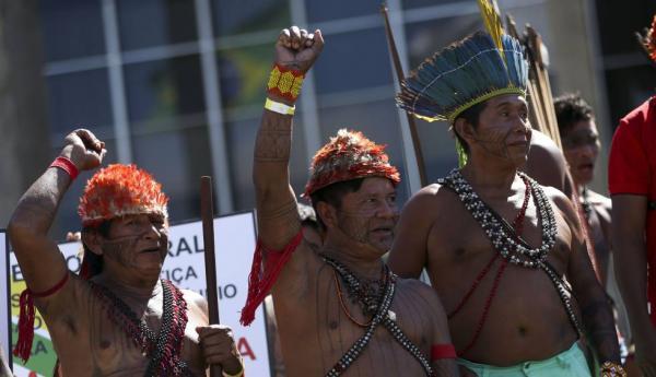 Suíça deplora inação de Bolsonaro