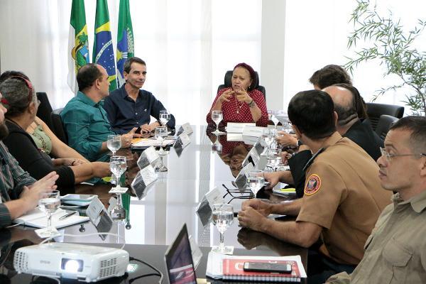Governo garante parceria para ampliar a Fiart  em 2020