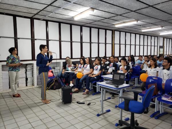Em Dix-Sept Rosado, 160 estudantes participam do Programa Maria da Penha Vai às Escolas