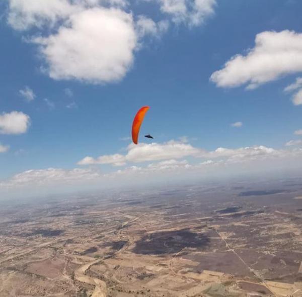 Pilotos internacionais vem ao RN bater o recorde mundial de voo livre