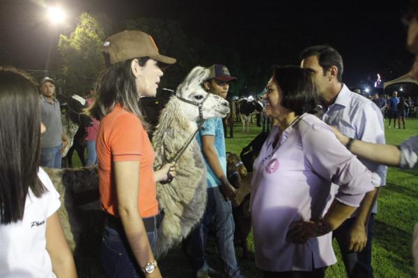 Governadora Fátima abre oficialmente a 57ª Festa do Boi