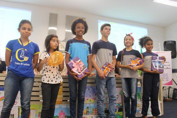 Alunos da Rede Municipal são premiados em concurso literário