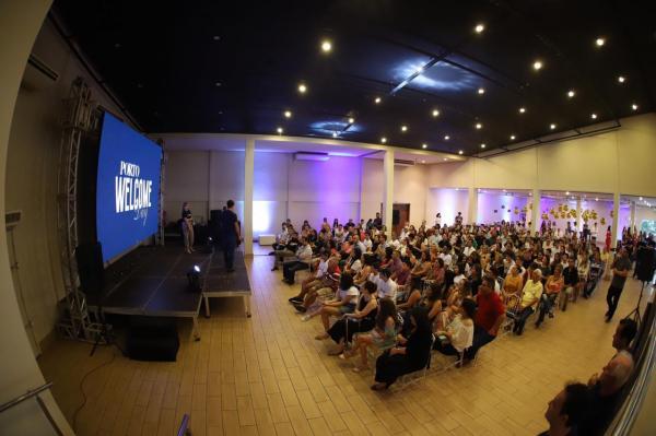 Colégio Porto apresenta metodologia focada no preparo e na formação integrada dos jovens durante evento de boas-vindas