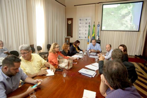 Prefeitura instala Gabinete de Crise e toma providências sobre alagamentos em Natal