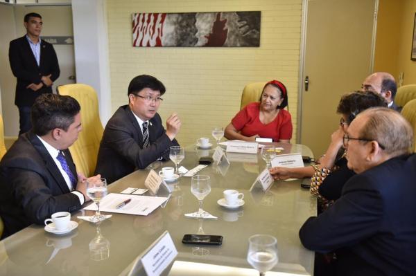 Chineses querem ampliar investimentos e negócios no RN