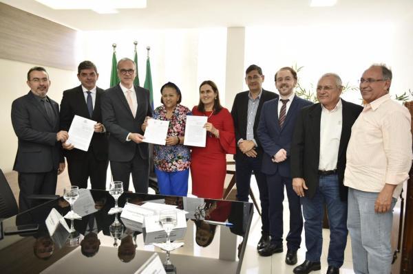 Governo firma cooperação técnica para unificar controle da gestão pública