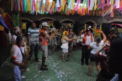 Carnaval: 6 dicas para curtir a folia gastando pouco